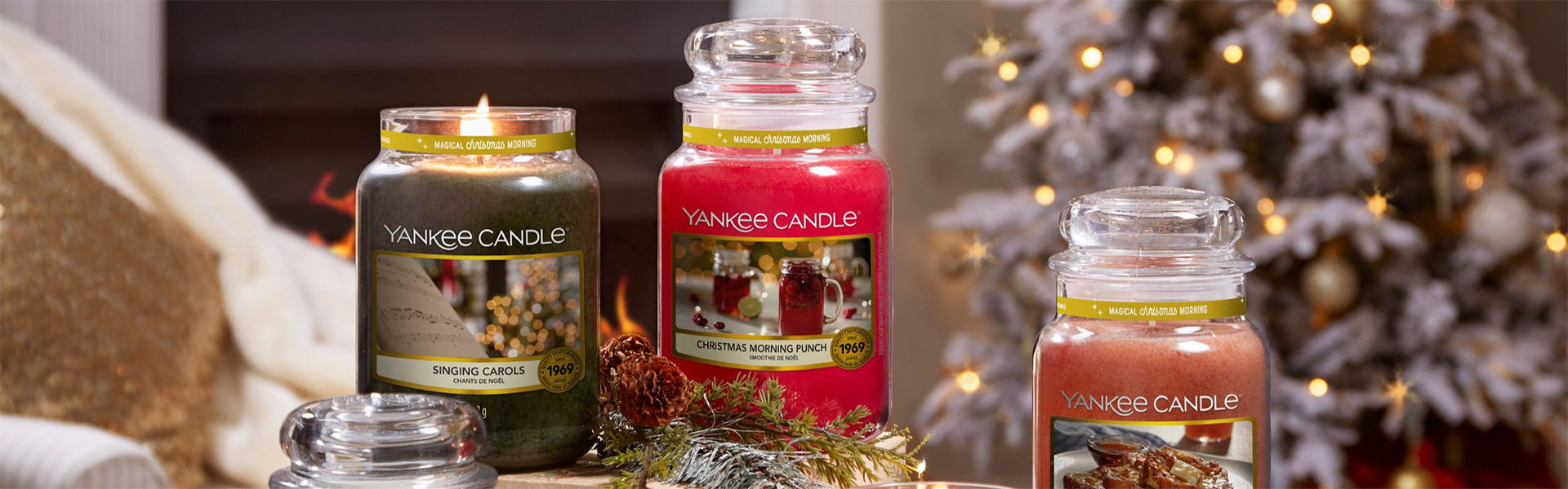 "<p data-aos=fade-up style=""text-align:center""><strong>Yankee Candle</strong></p>  <p data-aos=fade-up style=""text-align:center"">Christmas collection</p>"